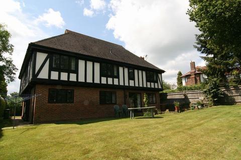5 bedroom detached house to rent - Darnley Drive, Bidborough