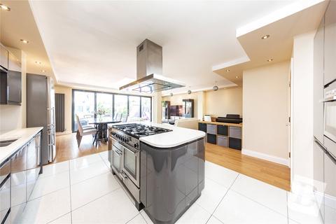 4 bedroom property for sale - Upminster Road North, Rainham, RM13