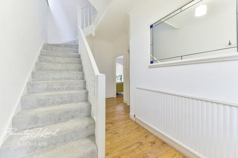 4 bedroom semi-detached house for sale - Old Dover Road, London