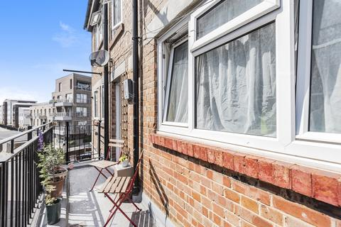 2 bedroom flat for sale - Beacon House, Camberwell SE5