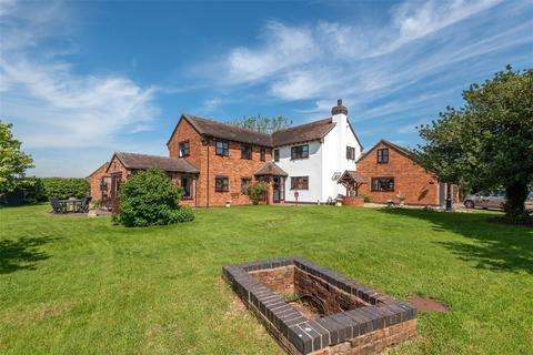 4 bedroom detached house for sale - Mitton, Penkridge, Stafford, Staffordshire, ST19