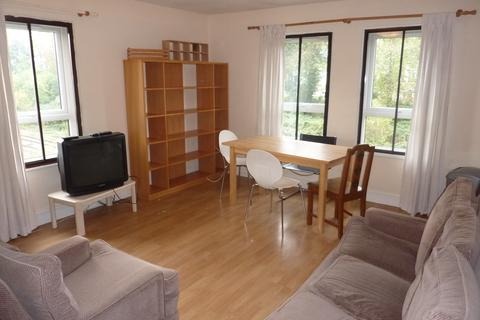 2 bedroom apartment to rent - Wedmore Gardens , Archway, London  N19