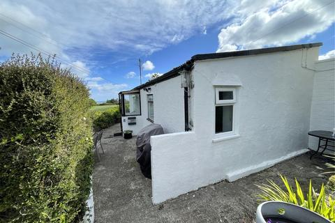 3 bedroom bungalow for sale - Lon Clai, Red Wharf Bay, Pentraeth, Anglesey, LL75
