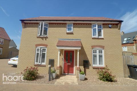 3 bedroom detached house for sale - Jackdaw Drive, Bedford