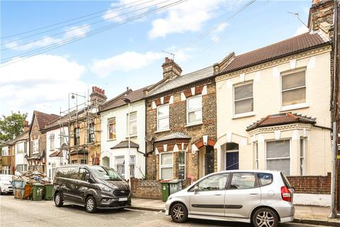 6 bedroom terraced house to rent - Louise Road, London, E15