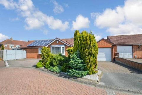 3 bedroom bungalow to rent - Pear Tree Close, Hull