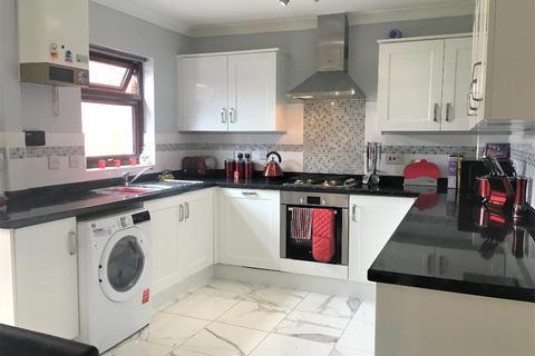 3 bedroom semi-detached house for sale - Picton Road, Middleleaze, Swindon, Wilts, SN5 5TW