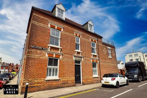 5 bedroom end of terrace house for sale - Beaufort Road, Southsea