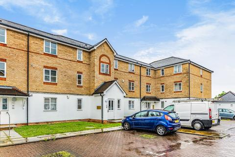 2 bedroom apartment to rent - Clarence Close, Cockfosters, EN4