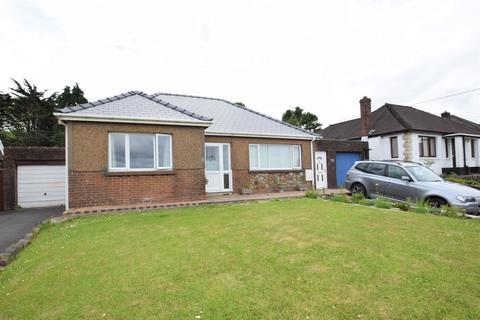 2 bedroom detached bungalow for sale - Woodlands, Bridgend Road, Bryncethin, Bridgend, Bridgend County Borough, CF32 9TG
