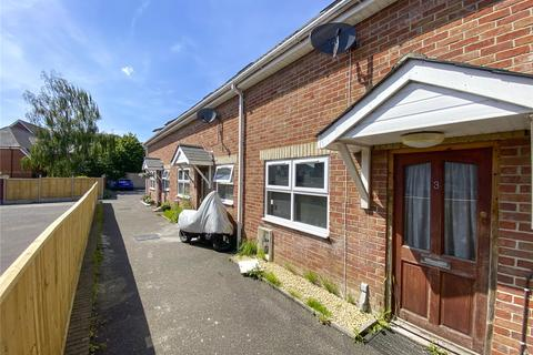 2 bedroom terraced house for sale - Wimborne Road, Bournemouth, BH9
