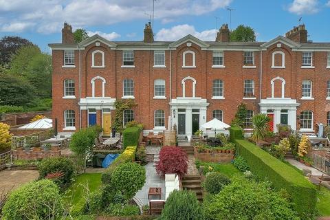4 bedroom terraced house for sale - Deva Terrace , Chester