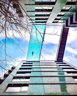 2 bedroom apartment for sale - Embassy Gardens, Viaduct Gardens, Nine Elms, London, SW11
