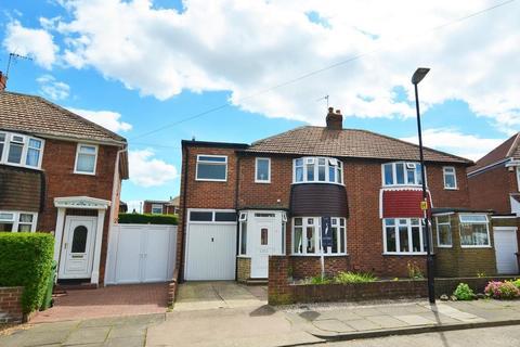 4 bedroom semi-detached house for sale - Staveley Road, Seaburn Dene, Sunderland