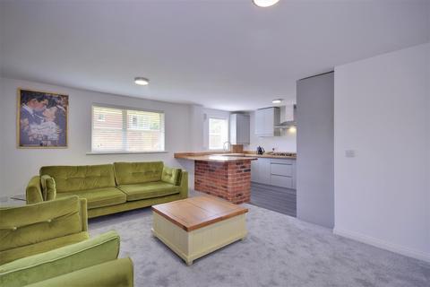 2 bedroom apartment for sale - Bromarsh Court, North Haven, Sunderland