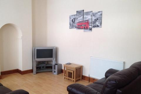 1 bedroom in a house share to rent - Room 3 , Middle Floor , 11 Bournville Lane, Bournville, Birmingham