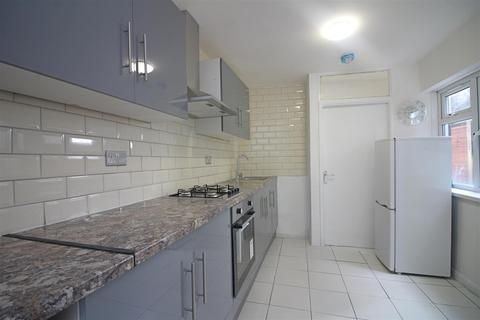 3 bedroom house to rent - Fulbourne Road, London