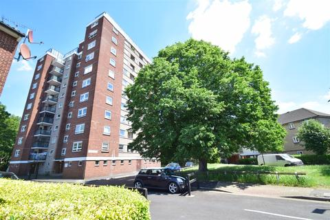 2 bedroom flat for sale - Percy Gardens, Old Isleworth