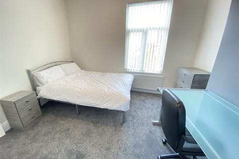 1 bedroom in a house share to rent - Room 3 29 Princes Road Kingston Upon Hull