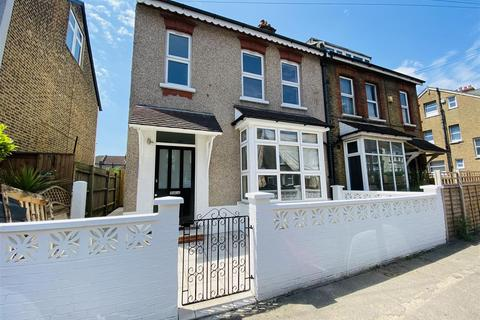 2 bedroom maisonette for sale - Birchanger Road, London