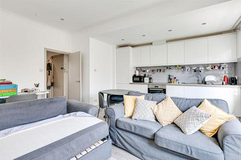 2 bedroom flat to rent - Moore Park Road, SW6