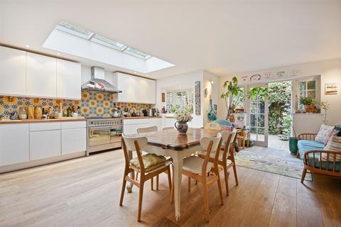 4 bedroom terraced house to rent - Ellingham Road, Shepherds Bush London W12