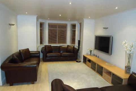 2 bedroom apartment to rent - Park Avenue, Mossley Hill, Liverpool