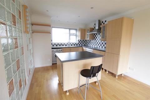 3 bedroom maisonette for sale - Spruce Grove, Darlington
