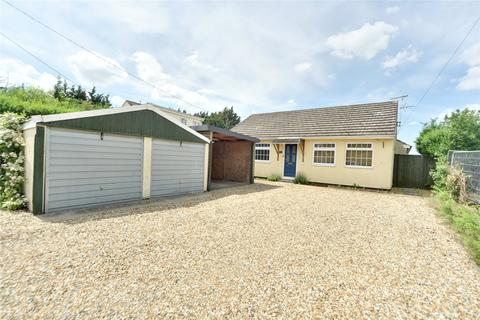 3 bedroom bungalow for sale - Turnpike Road, Red Lodge, Bury St. Edmunds, IP28
