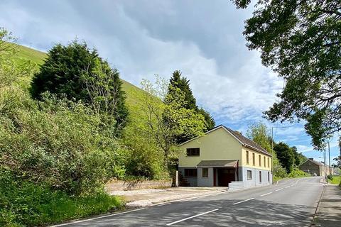 5 bedroom detached house for sale - Aber Houses, Nantymoel, Bridgend, Bridgend County. CF32 7SL