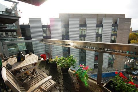 1 bedroom flat to rent - Bermondsey Square Bermondsey SE1