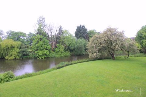 3 bedroom apartment for sale - Lakeside Court, Elstree, Borehamwood, Hertfordshire, WD6