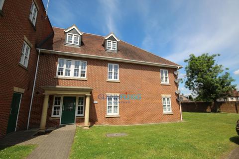 2 bedroom flat to rent - Wheatstone close, Slough