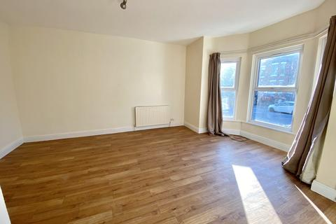 Studio to rent - Old Lansdowne Road, Manchester, M20 2PB