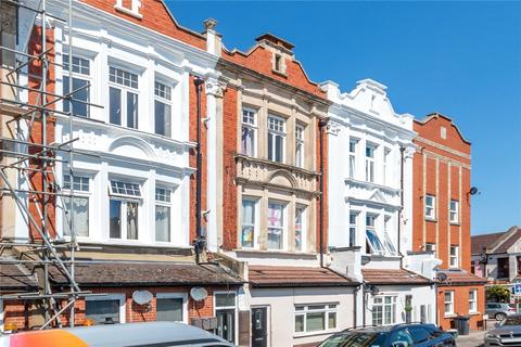 3 bedroom apartment for sale - Grenfell Road, Mitcham, CR4
