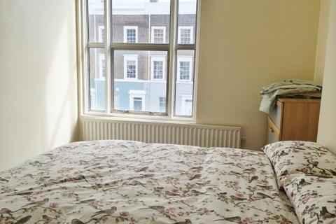 Studio to rent - Queensdale Road, Holland Park W11