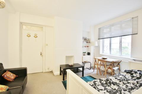 1 bedroom flat to rent - Latymer Court, Hammersmith Road, Hammersmith, W6