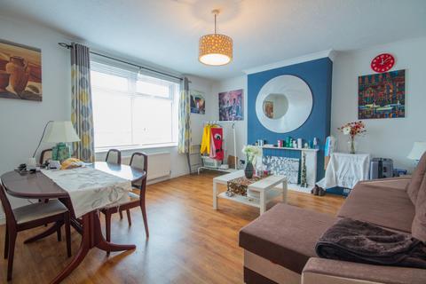 2 bedroom flat for sale - Poole Road, Branksome, Dorset, BH12 1DG