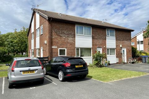 1 bedroom flat for sale - The Spinney, Thornton - Cleveleys  FY5