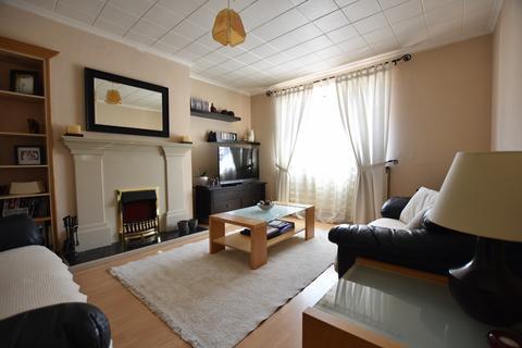 3 bedroom house to rent - Ealdham Square, Eltham, SE9