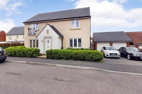4 bedroom detached house to rent - St. Michaels Way, Cranbrook, EXETER