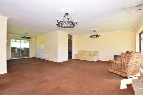 3 bedroom detached bungalow for sale - Knoll Way, Warden, Sheerness, Kent