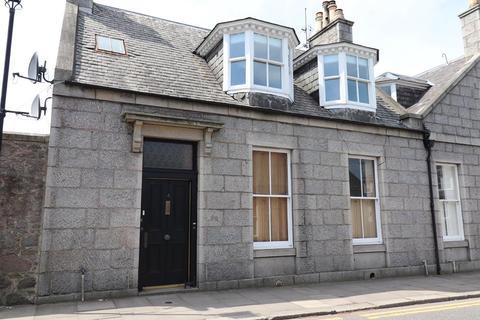 2 bedroom flat to rent - Prince Arthur Street, Top Floor Flat, AB10
