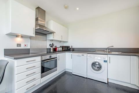 2 bedroom semi-detached house to rent - Meath Crescent, London E2
