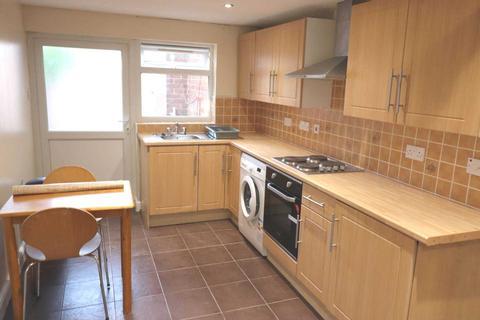 Studio to rent - Cressex Road, High Wycombe