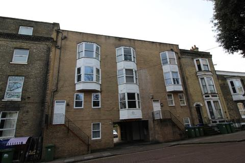 Studio to rent - Cranbury Place, Southampton