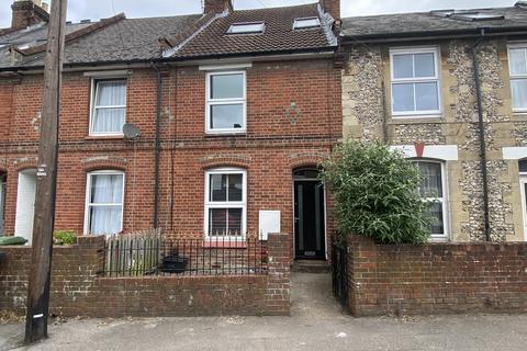 3 bedroom terraced house to rent - Stockbridge Road, Winchester