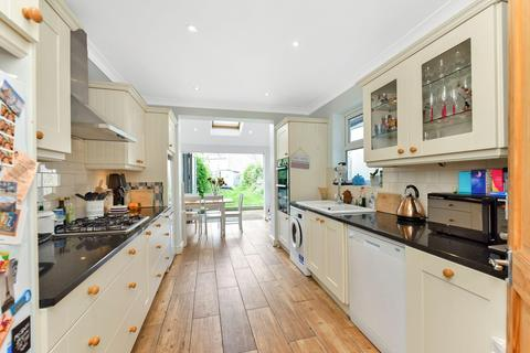 4 bedroom semi-detached house for sale - Perry Rise, London SE23