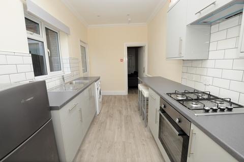 Studio to rent - Upper Bridge Road, Chelmsford, Chelmsford, CM2