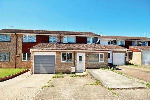 3 bedroom terraced house for sale - Exeter Close, Braintree, CM7